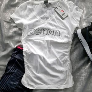 2/$30🎉 NWT Bench T-Shirt Ruching on Sides